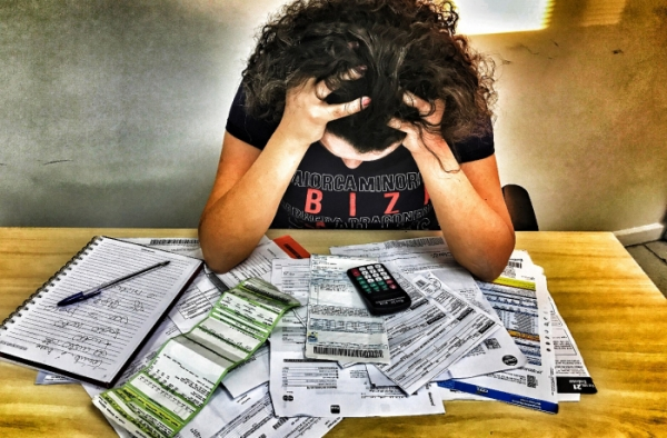 Brasil tem 28 milhões de desempregados e 63 milhões de inadimplentes